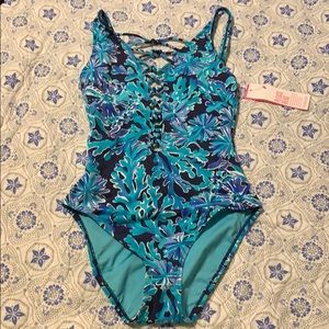 Lilly Pulitzer One Piece🌴In too Deep🌞 Sz.2
